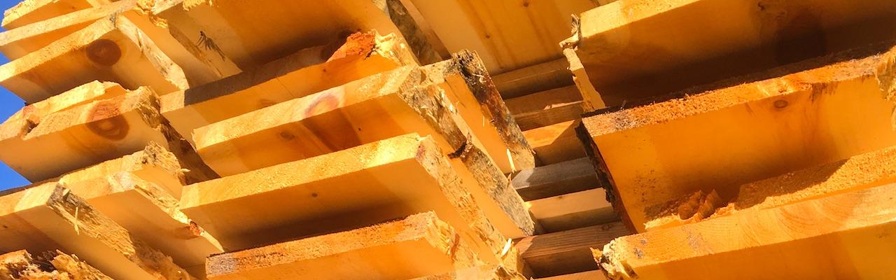 planches pour lit en bois massif