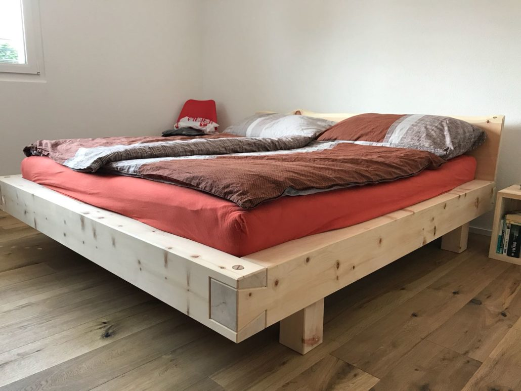 Fabriquer Un Lit En Bois lit en arolle ou lit en arole, lit en bois d'arolle massif